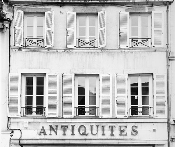 Antiquities (France) by Bruce Zander | ArtworkNetwork.com