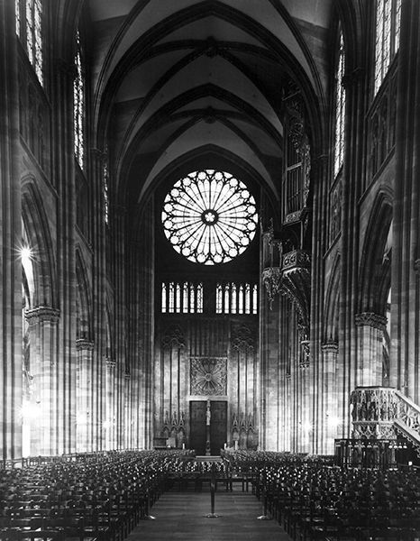 Notre Dame in Strasbourg (France) by Bruce Zander | ArtworkNetwork.com