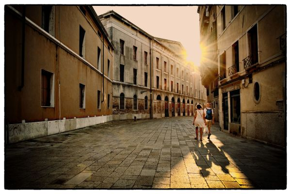 Venice Couple (Venice Italy) by Scott Takeda | ArtworkNetwork.com